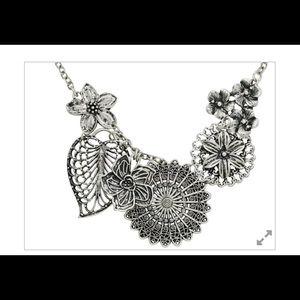 Premier Designs Botanical Necklace silver plated